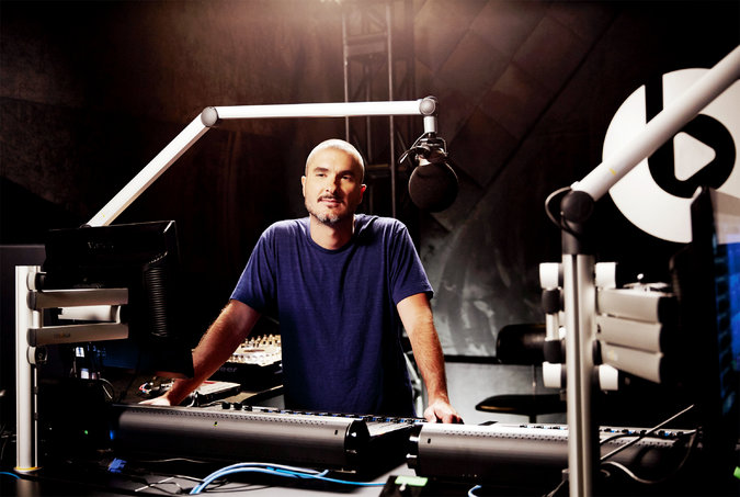 zane lowe on radio apple beats 1 foodzik job